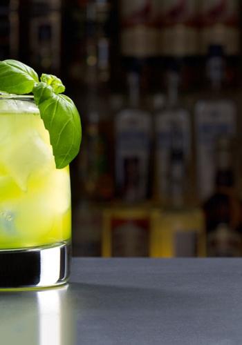 Der Gin Basil Smash